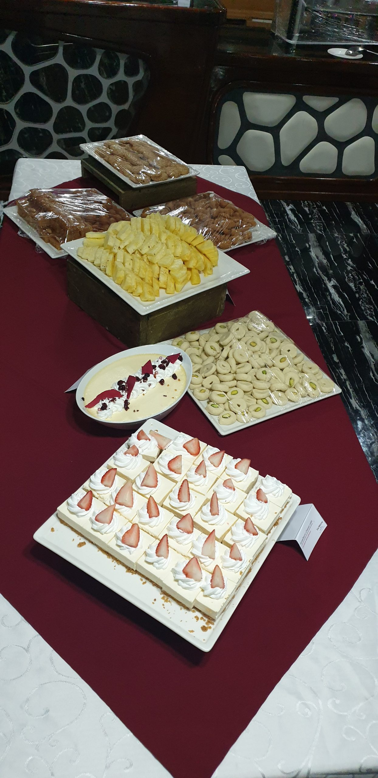 Yacht Catering in Dubai Service onboard appetizers