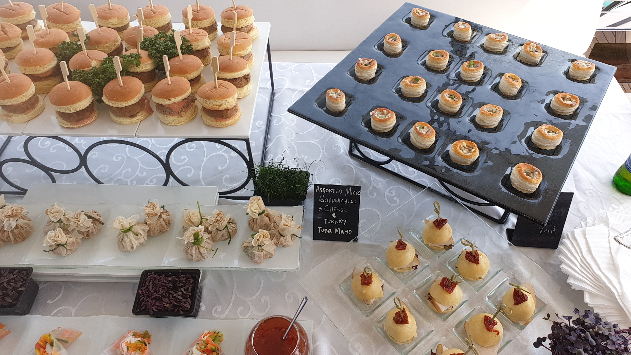 Yacht Catering in Dubai onboard Desserts 6