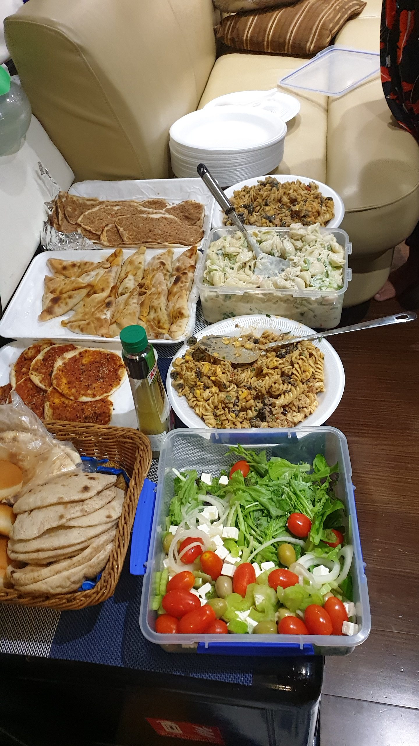 Yacht Catering in Dubai Yacht Party Special Offer 2