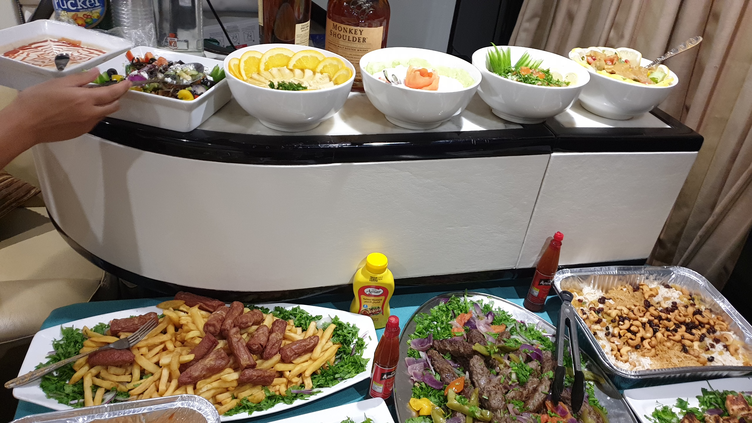 Yacht Catering in Dubai Yacht Party Special Offer
