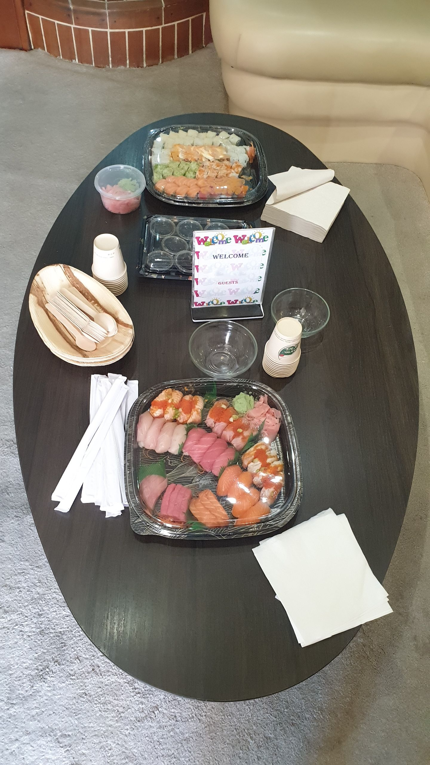 Yacht Catering in Dubai Yacht Party Sushi