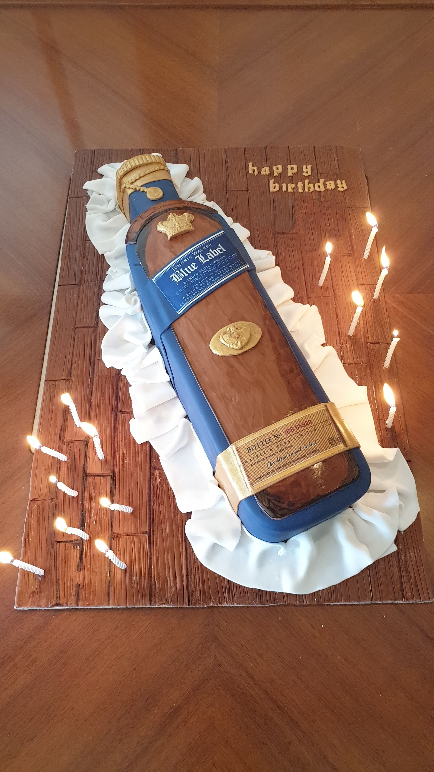 Yacht Catering in Dubai Yacht Party Specialty Cake